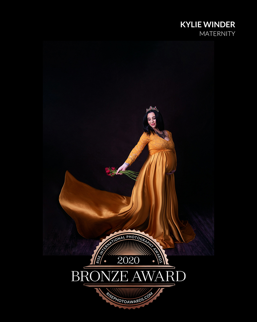 2020 Maternity Bronze Award - Rise International Photography Award